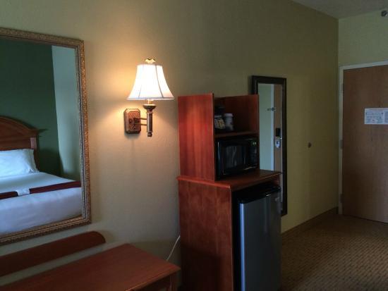 Holiday Inn Express Port Charlotte: Queen Room