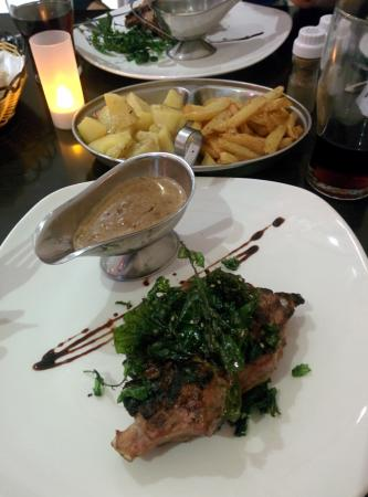 Garra Dine Wine Cafe : Veal ribeye with roasted potatoes and fries