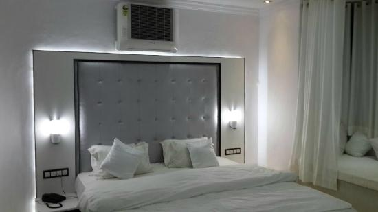 Hotel Mandiram Palace: Standard Suite