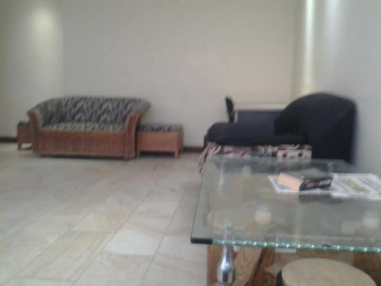 Iris Hotel Dar Es Salaam: Ground Floor