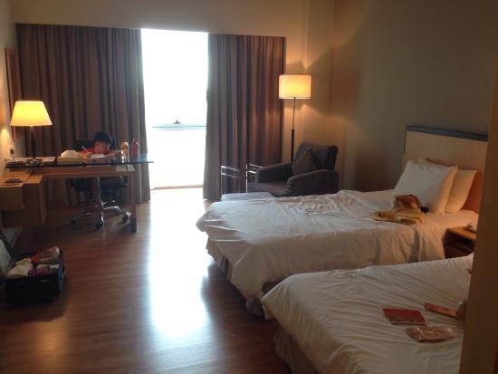 Kingwood Hotel: New Wing, 2 Single Beds