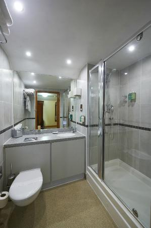 Camden Arms Hotel: En-Suite Power Shower Room