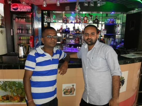 Don Hill Beach Resort: Bar