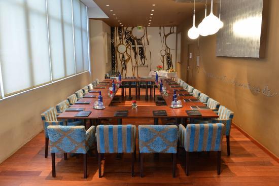 Brasserie de La Paix : Le salon bleu pour les séminaires au 1er étage de la Paix