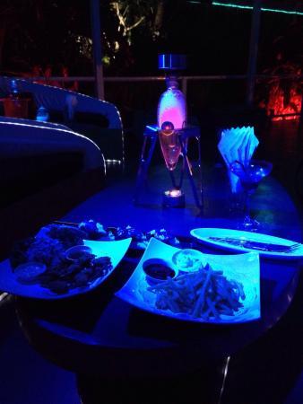 Djoun's samui : Super lieu où se poser le temps d une soirée et même plus encore... Rien à redire Shisha au top