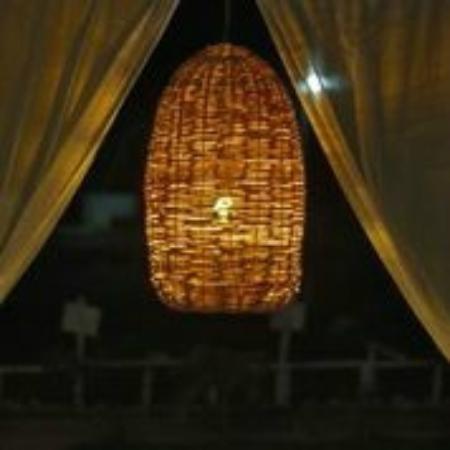 بوسادا باشماما ماهاهوال: Dettalles