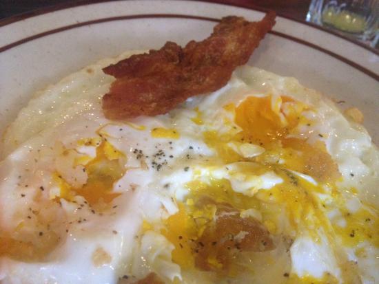 Golden Diner Family Restaurant: I left most of my breakfast. Not very appealing.