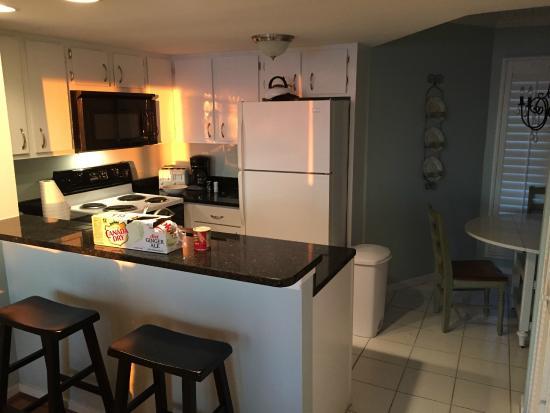 Port O' Call: Kitchen