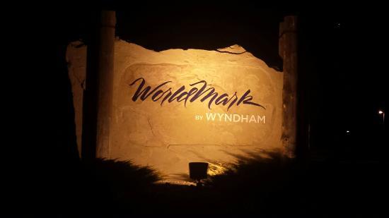 WorldMark Estes Park : Sign at road