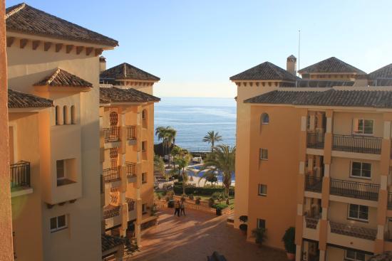 Marriott's Marbella Beach Resort : вид с балкона