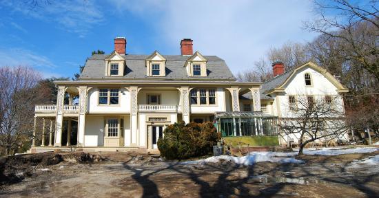 Hotels Near Manhasset Long Island
