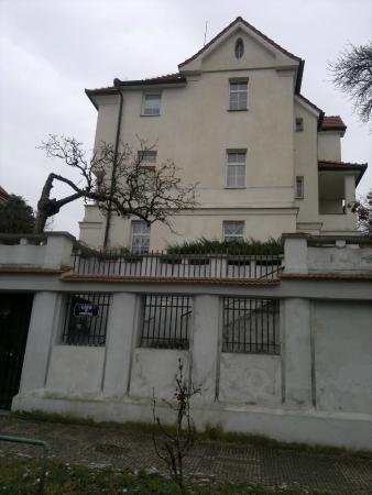Lida Guest House: Esterno