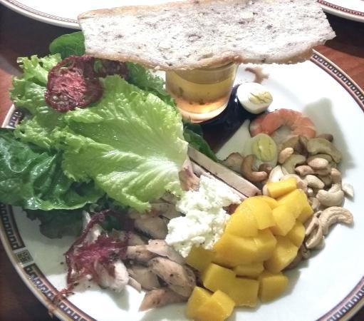 Richmonde Hotel Ortigas : richmonde salad