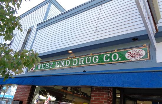 ‪West End Drug‬