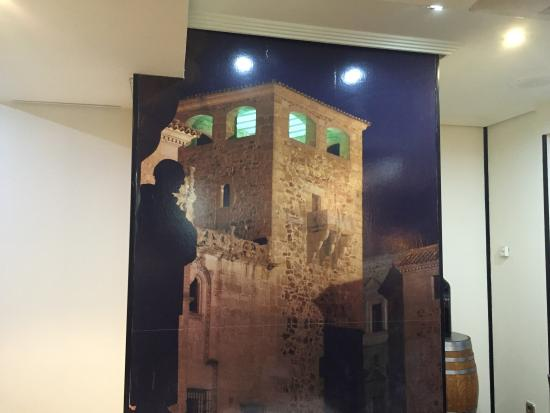 Old Town of Cáceres: Detalle del Asador La Tahona