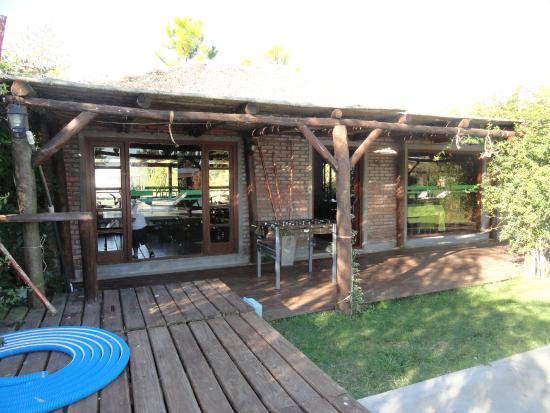 Entrada al quincho picture of hoja de la tierra casas de - Entradas de casas de campo ...