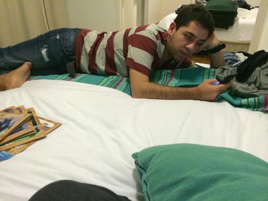 Didi Soho Hotel: meu amigo de bob na cama