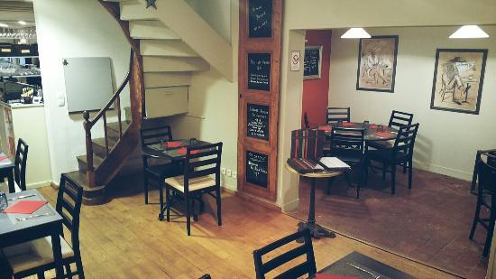 L'Aigle, Francja: Le Restaurant l'Essentiel vous accueil du mardi au samedi midi et soir. Ouvert les dimanches de
