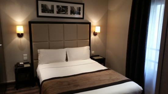 Hotel Bastille Speria : habitación