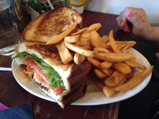 The Griddle Cafe: Shrimp and BLT