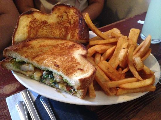 The Griddle Cafe: Shrimp and Pesto