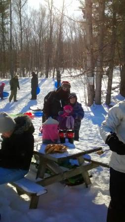 Pine Vista Resort: Toboggan Hill, Hot Dogs/Marshmallows