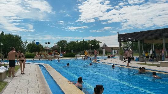 Termas Villa Elisa: Pileta recreativa agua fria