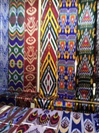 Margilan, Uzbekistan: bold Uzbek designs and colors at Kumtepa Bazaar, Margilon Uzbekistan