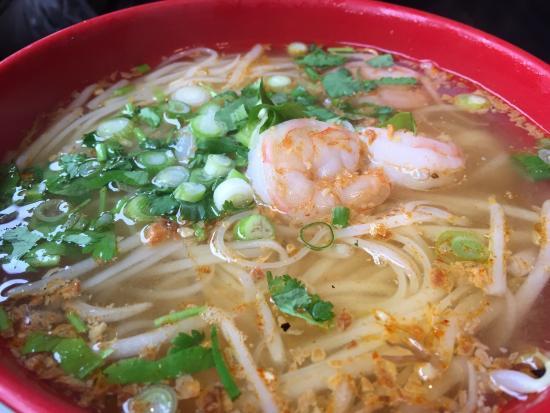 Brown Rice Thai Cuisine: Noodle soup