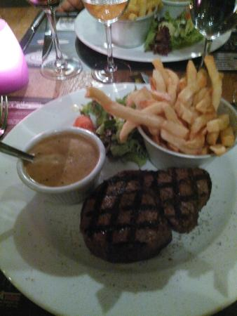 Brasserie Chez Clement: great steak
