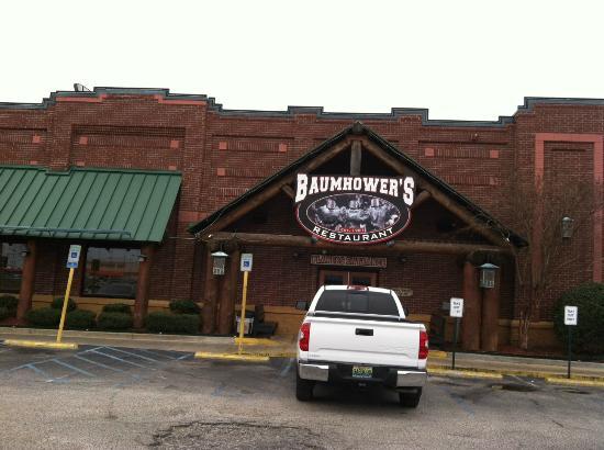 Baumhower's of Montgomery : Baumhower's exterior