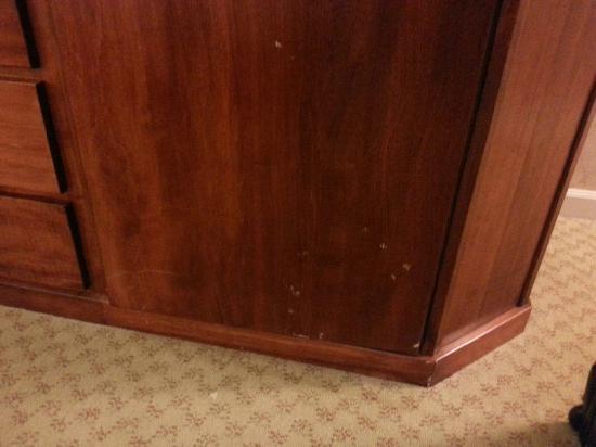 Tunica Roadhouse Casino & Hotel: armoir
