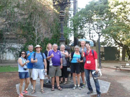 Buena Onda Free Tour: Group at end of the tour