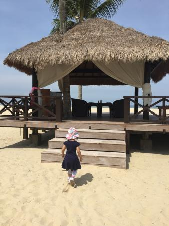 Gazebo on Pantai Dalit beach