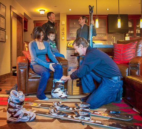 Black Tie Ski Rentals of Breckenridge: Black Tie Ski Delivery