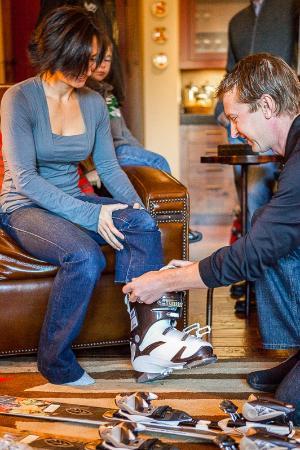 Black Tie Ski Rentals of Breckenridge: Boot Fitting