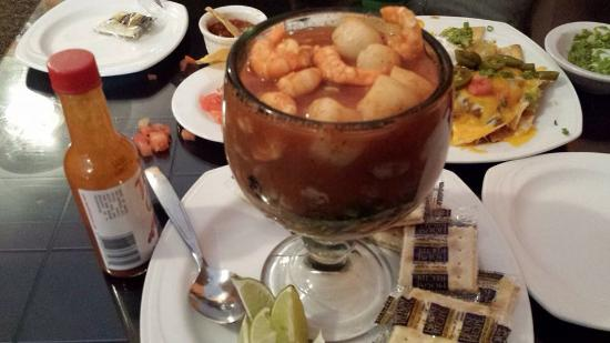 Don Habanero: shrimp cocktail