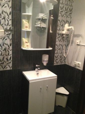 Kamergerskiy Hotel: в ванной