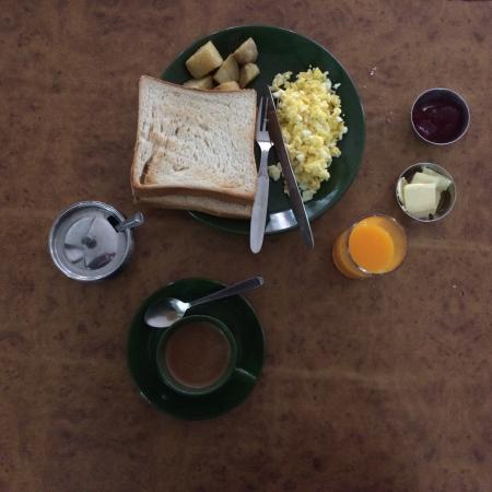 Kathmandu Madhuban Guest House : Desayuno