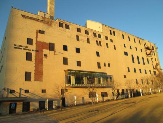 Oklahoma City National Memorial & Museum: Building