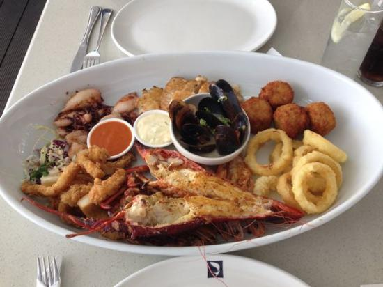 Cape Town Fish Market (V & A Waterfront): Seafood platter for two