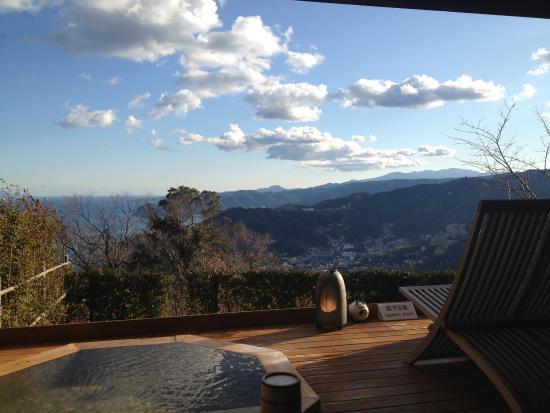 Hotel Grand Bach Atami Crescendo: 洋室202の露天風呂