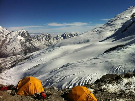 Camping at Mera High Camp 5700m - Picture of Mountain