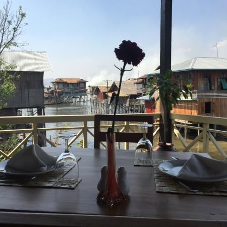 Green Chilli Restaurant (Nampan): Delicious food, romantic setting