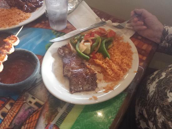Carlos Cantina: Mom's steak w/shrimp skewer