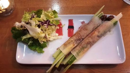 Bistro Lemongrass: Entenfleisch-Wraps