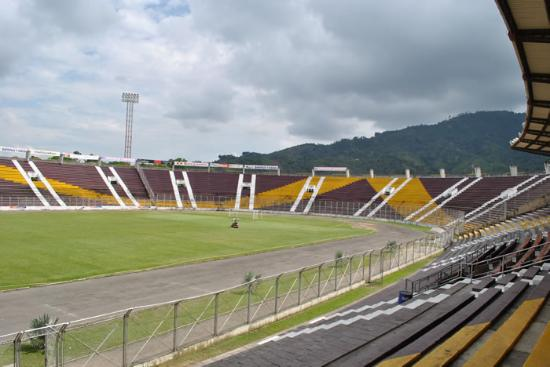 ‪Estadio Manuel Murillo Toro‬