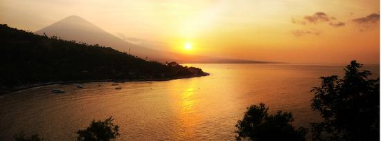Amed, Indonesia: Warm romantic Glitter