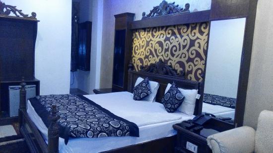 Hotel Shiva Intercontinental: Deluxe Room 1