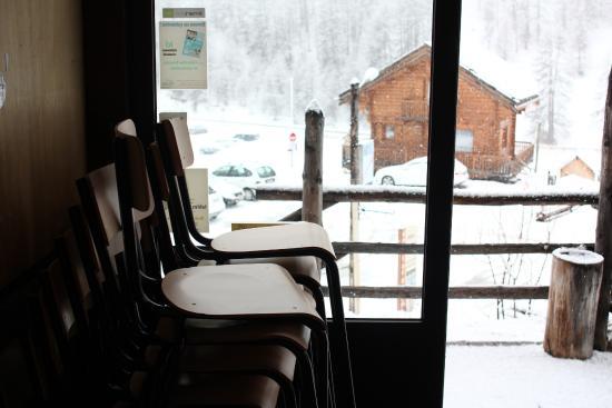 Hotel Restaurant l'Equipe: Entrée authentique
